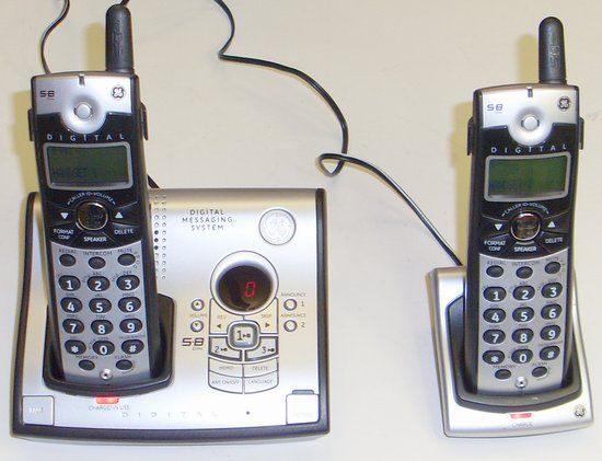 Picture of: ge� 5.8 ghz digital cordless phone/telephone 2 handsets and tech talk, comments, help & reviews.