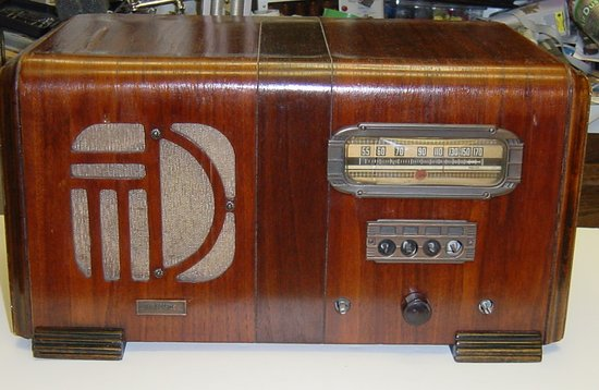 Picture of: antique vintage air castle tube radio 1930's battery operated very rare and tech talk, comments, help & reviews.