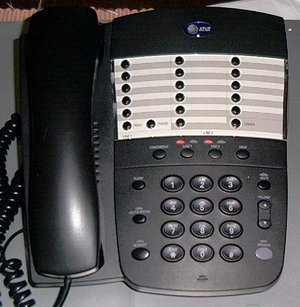 Picture of: 2-line speakerphone at&t model 952  memory and tech talk, comments, help & reviews.