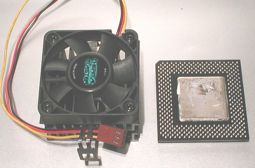Picture of: intel celeron 500 mhz cpu socket 370 fan heatsink and tech talk, comments, help & reviews.