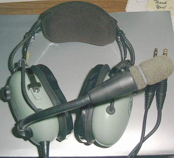 Picture of: david clark h10-13 s aviation headset / head set and tech talk, comments, help & reviews.