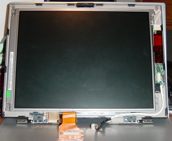 Picture of: dell inspiron 3200 lcd screen + inverter dp/n  00057989-12961-88k-1235 and tech talk, comments, help & reviews.