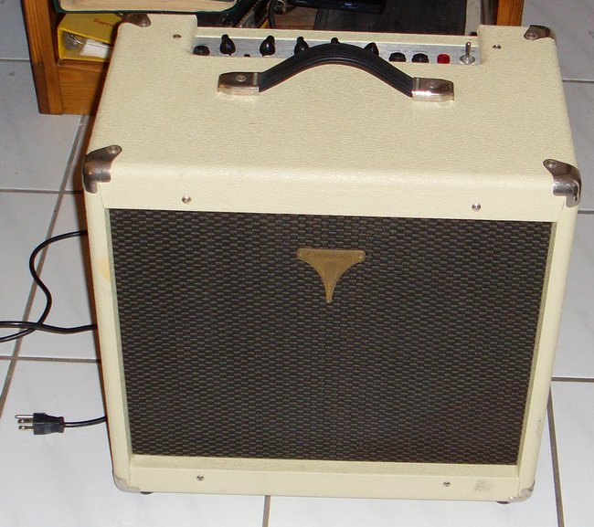 Picture of: epiphone regent 50r guitar amplifier and tech talk, comments, help & reviews.
