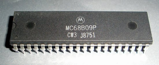 Picture of: motorola 6809 mc6809p cpu vintage processor chip and tech talk, comments, help & reviews.