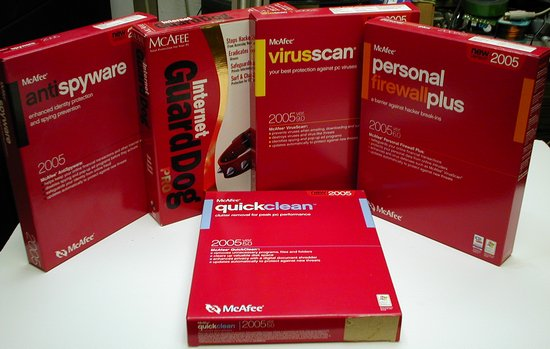 Picture of: mcafee software lot quickclean ver 5.0 antispyware 2005 personalfirewallplus ver 6.0 virusscan ver 9.0 internet guarddog and tech talk, comments, help & reviews.