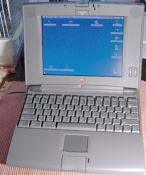Picture of: mac powerbook 540c / color active matrix / 12mb ram 300mb hd and tech talk, comments, help & reviews.