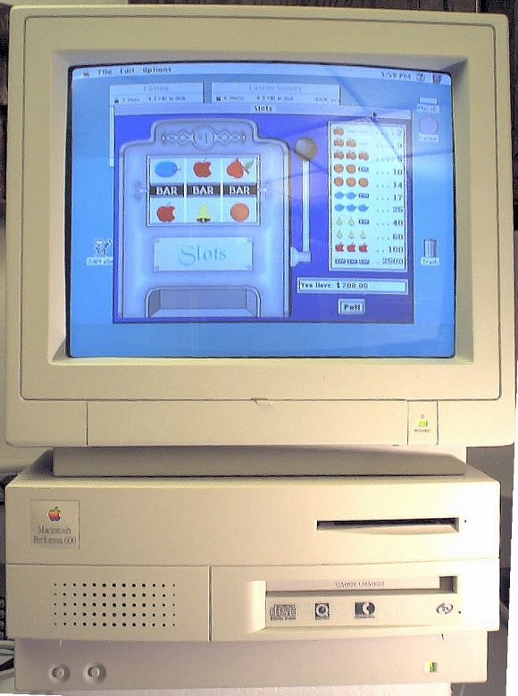 Picture of: apple macintosh performa 600 /20mb ram / 170 hd and tech talk, comments, help & reviews.