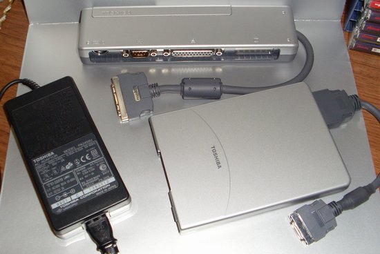 Picture of: toshiba a/c adaptor pa 2450u, port replicator pa2728u, external floppy drive pa2669u lot and tech talk, comments, help & reviews.