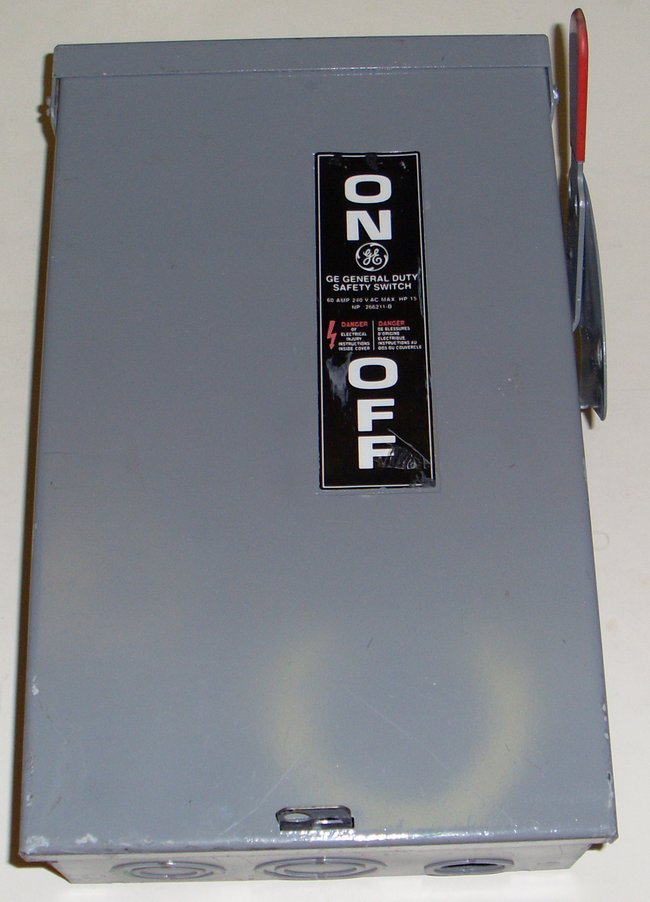 Picture of: ge 60a 240 vac fused safety switch box general electric  and tech talk, comments, help & reviews.