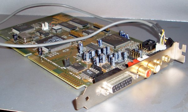 Picture of: creative sound blaster awe 64 gold 16bit isa sound card ct4390  and tech talk, comments, help & reviews.