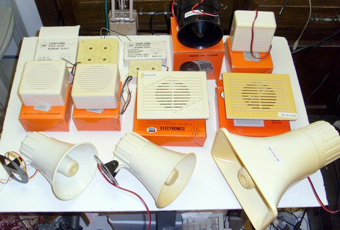 Picture of: siren, horn speaker, horn siren, piezo sound bomb, wall mount speaker for alarms lot and tech talk, comments, help & reviews.