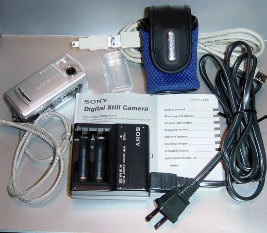 Picture of: sony cybershot u dsc-u20 2.0 megapixel 8mb stick,chager,batteries,pouch,manual,usb cable,damaged and tech talk, comments, help & reviews.