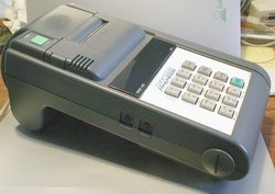 Picture of: verifone tranz 420 pos terminal credit card machine and tech talk, comments, help & reviews.