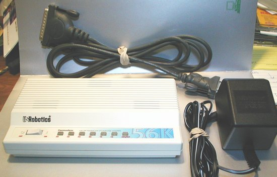 Picture of: us robotics 56k external fax modem w/ x2 model sportster usr 5686 and tech talk, comments, help & reviews.